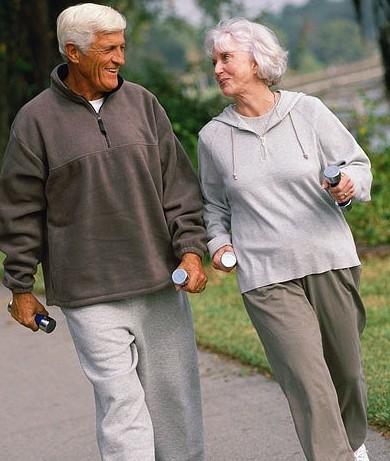 anziani_camminare