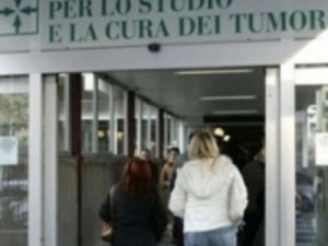 <!--:it-->Ue mette a disposizione 6 milioni per l&#8217; Istituto nazionale  tumori<!--:--><!--:en-->EU provides € 6 million for the National Institute for tumors<!--:--><!--:fr-->UE prévoit 6 millions € pour l&#8217;Institut national de tumeurs<!--:-->